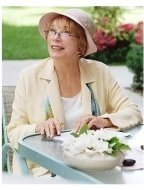In Her Shoes Movie Stills: Shirley MacLaine