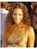 """Halle Berry at the """"Catwoman"""" premiere"""