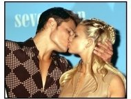 Jessica Simpson and Nick Lachey at the 2000 Teen Choice Awards