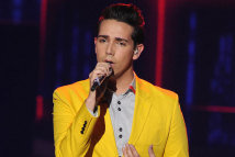 Lazaro Arbos My Life performance on American Idol