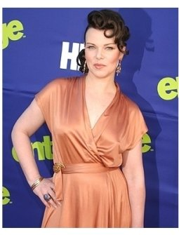 Entourage Season 3 Premiere Photos:  Debbie Mazar