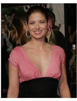 Debra Messing at The Wedding Date Premiere