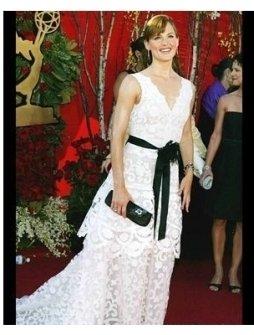 Jennifer Garner at the 2004 Primetime Emmy Awards