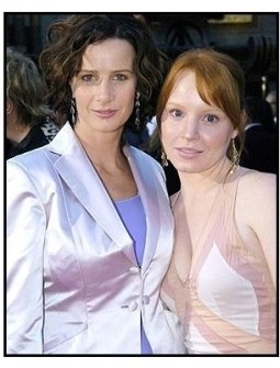 """Rachel Griffiths and  Lauren Ambrose on the red carpet at the """"Six Feet Under"""" Premiere"""