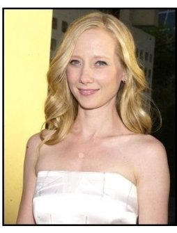 "Anne Heche at the ""American Splendor"" premiere"