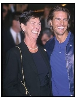 """Tom Cruise and mother Mary South at the """"Magnolia"""" Premiere."""