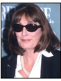 Anjelica Huston at the 2000 Premiere Magazine Icon Awards