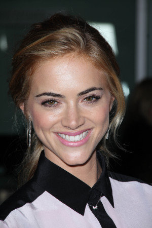 emily wickersham emily wickersham at the gone los angeles premiere