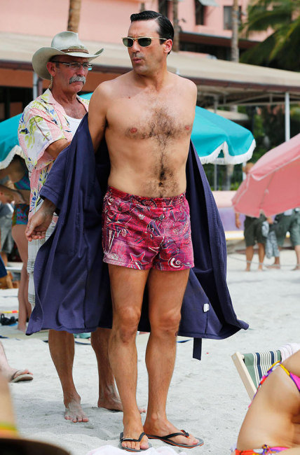 Jon Hamm Penis Shows in Mad Men Swimsuit