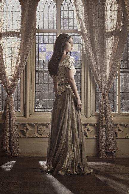 Adelaide Kane, Reign
