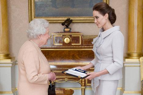 Angelina Jolie, Queen Elizabeth II