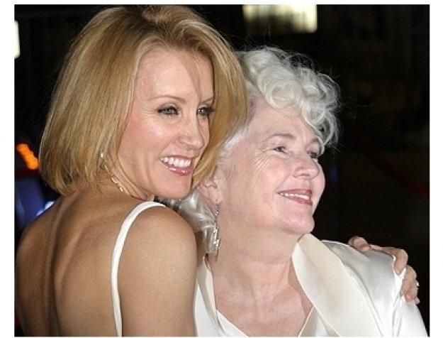 2006 Palm Springs Film Festival Award Photos: Felicity Huffman and Fionnula Flanagan
