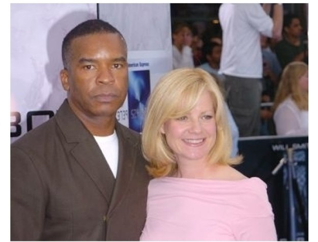 "David Alan Grier and Bonnie Hunt at the ""I, Robot"" Premiere"