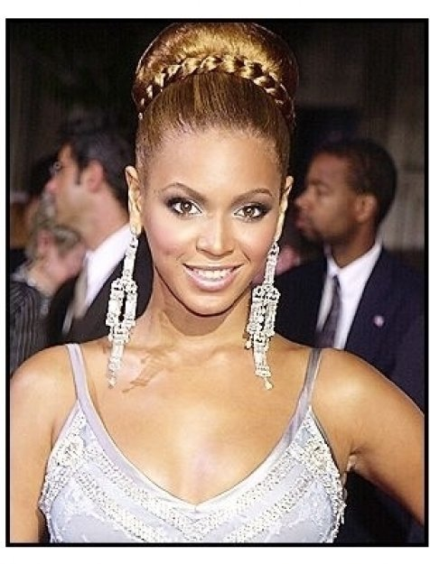 """Beyonce Knowles at """"The Fighting Temptations"""" premiere"""
