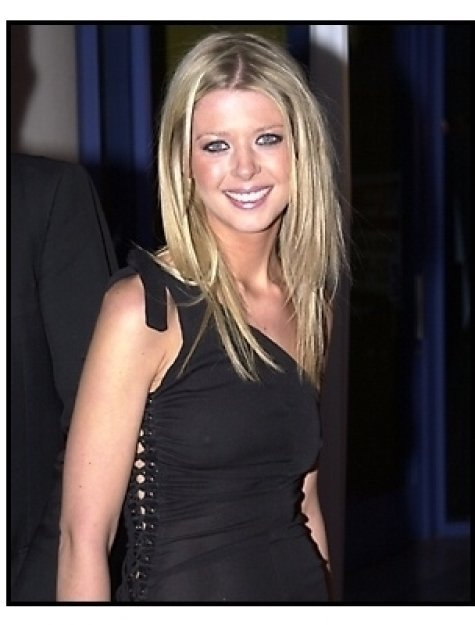 Tara Reid at the Josie and the Pussycats premiere