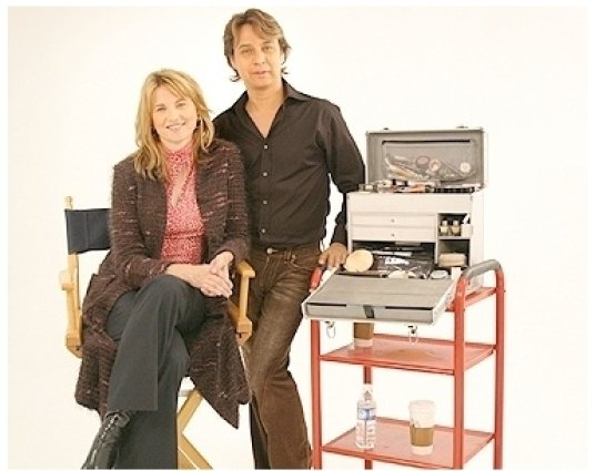 Lucy Lawless Photo Shoot: Lucy Lawless and Daryl Redleaf