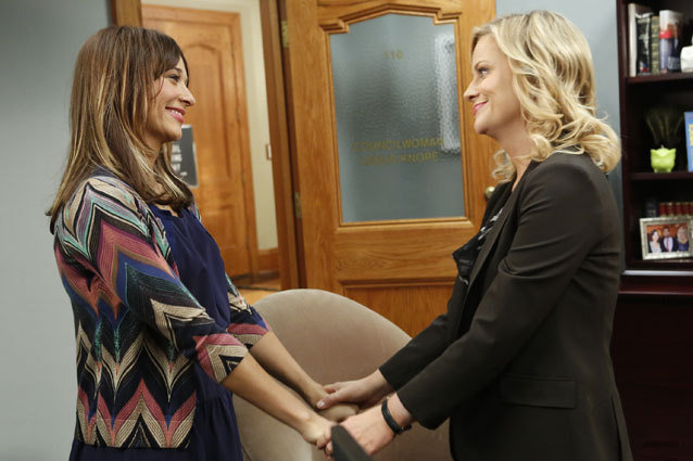 Rashida Jones and Amy Poehler on Parks and Recreion