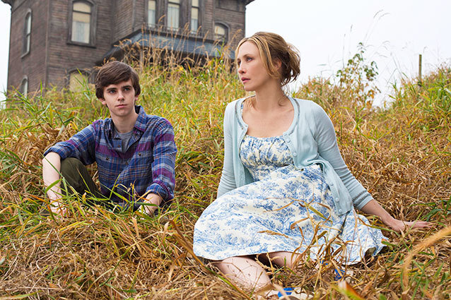 Freddie Highmore and Vera Farmiga Star in A&E's Bates Motel: A Recap