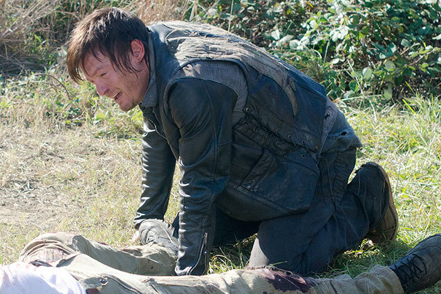 THe Walking Dead Daryl Dixon cries Norman Reedus