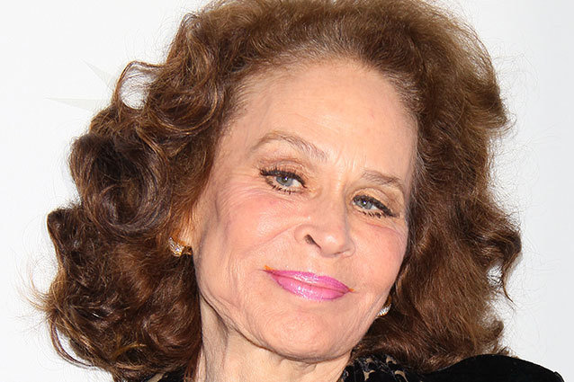 Karen Black Is Crowdfunding her Cancer Treatment