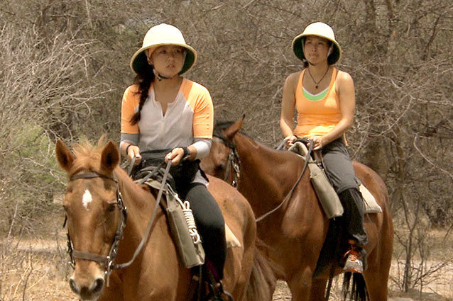 Pam & Winnie Pay the Price on 'The Amazing Race'
