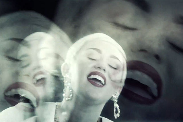 "Snoop Lion and Miley Cyrus ""Ashtrays and Heartbreaks"""