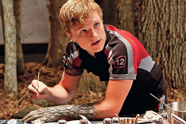 Josh Hutcherson didn't like Peeta's rock makeup