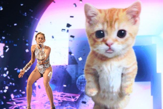 Miley Cyrus AMA Performance
