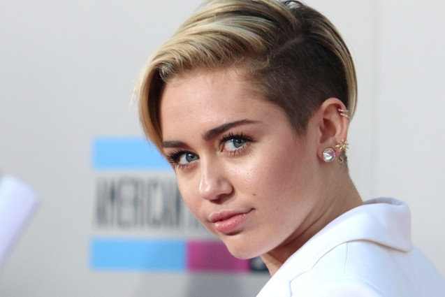 ADM_AMAARRIVALS13_BP_ - Miley Cyrus. 2013 American Music Awards - Arrivals held at Nokia Theatre LA Live.<P>Pictured: Miley Cyrus<P><B>Ref: SPL657113  241113  </B><BR/>Picture by: AdMedia / Splash News<BR/></P><P><B>Splash News and Pictures</B><BR/>Los Angeles: 310-821-2666<BR/>New York: 212-619-2666<BR/>London: 870-934-2666<BR/>photodesk@splashnews.com<BR/></P>
