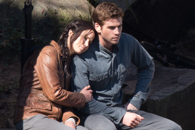 Mockingjay, Jennifer Lawrence and Liam Hemsworth