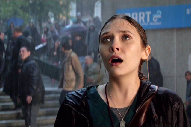 La bellissima attrice americana Elizabeth Chase Olsen (23 anni) protagonista del film Godzilla 2014 (Foto Facebook)