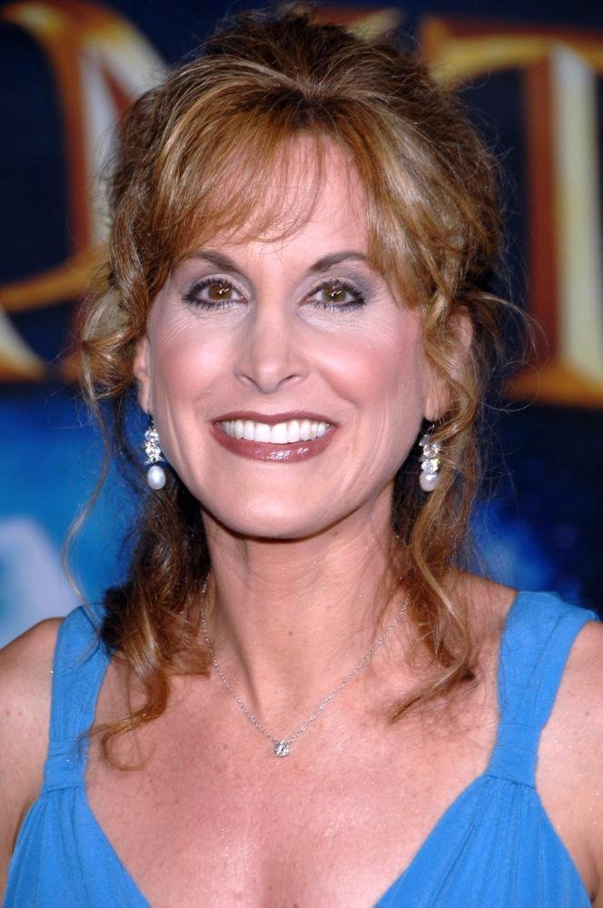 how tall is jodi benson