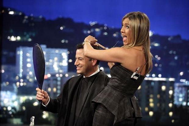 Jimmy Kimmel and Jennifer Aniston