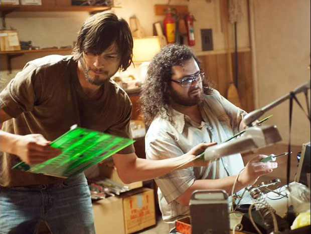 Ashton Kutcher and Josh Gad in Steve Jobs biopic