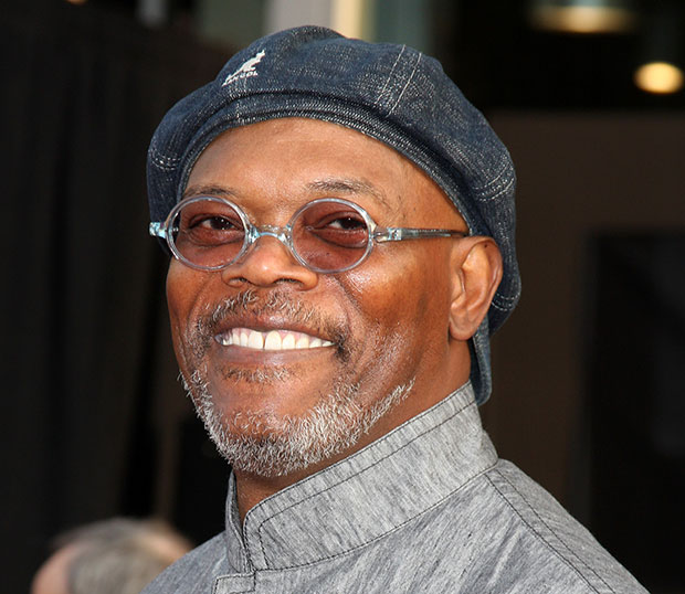 Samuel L. Jackson Sings Taylor Swift