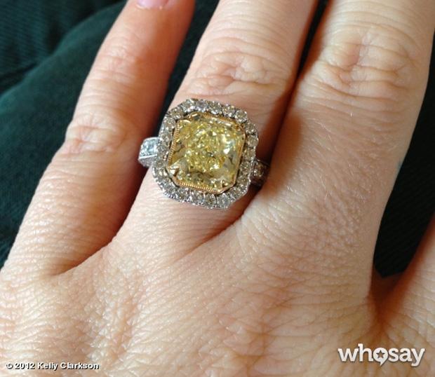 Kelly Clarkson ring