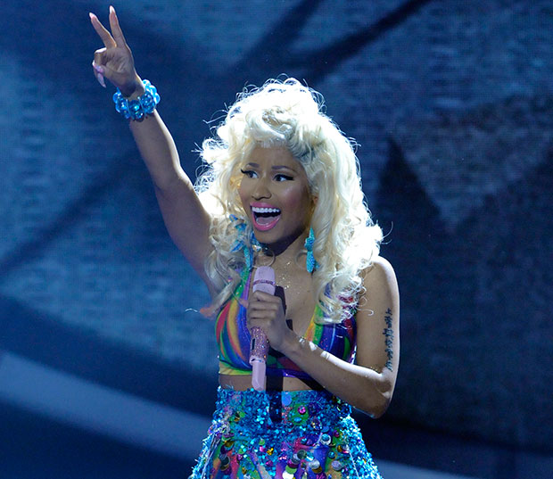 Nicki Minaj performs on 'American Idol'