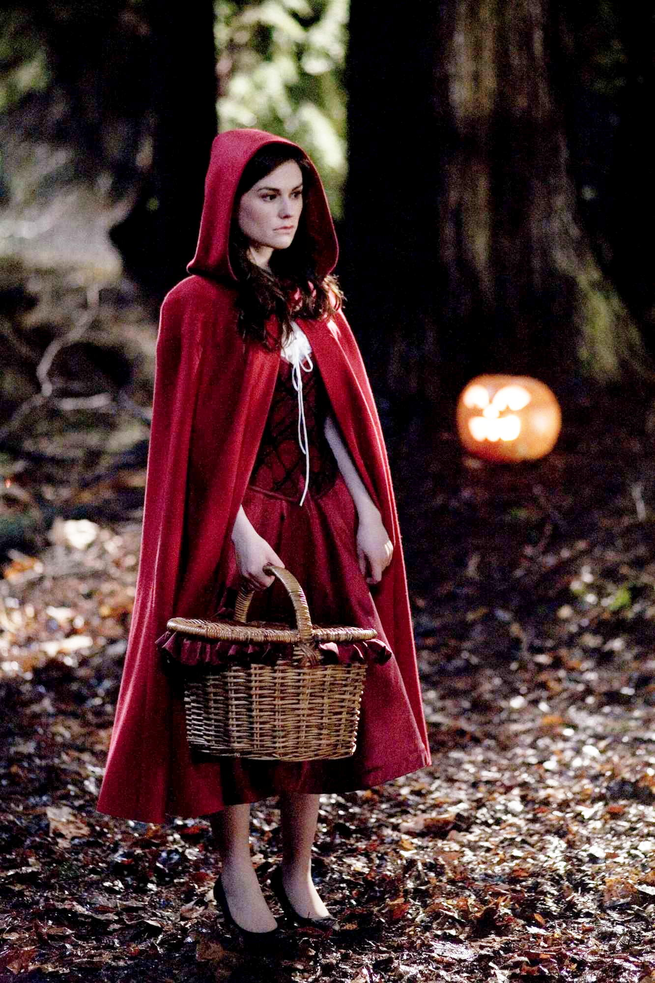 Anna Paquin in Trick 'r Treat