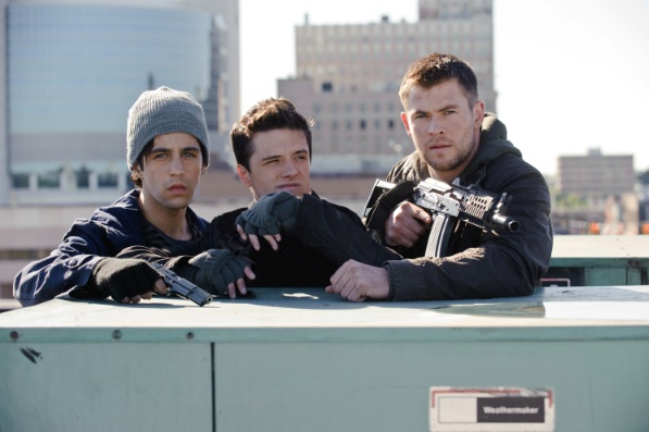 Red Dawn: Chris Hemsworth, Josh Hutcherson, Josh Peck
