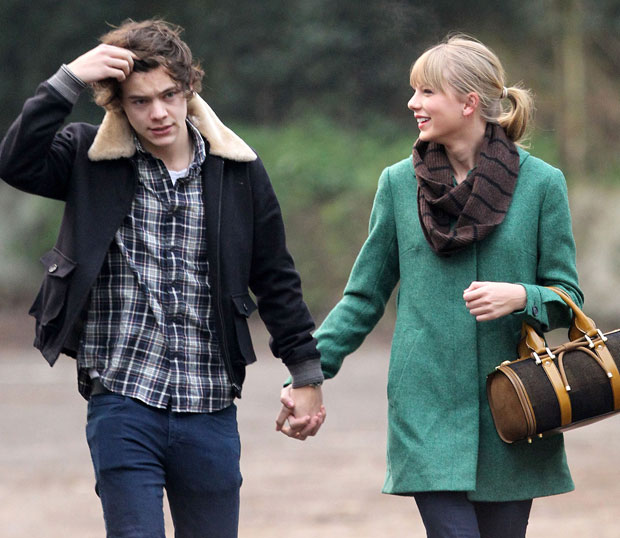 Taylor Swift and Harry Styles New Year's Kiss