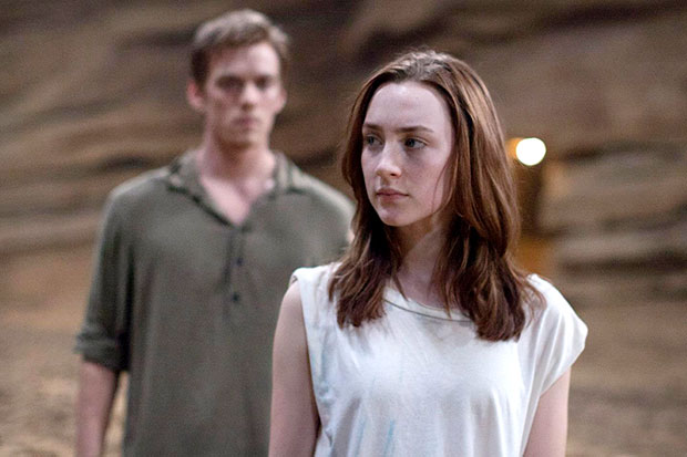 The Host Star Saoirse Ronan Talks Stunts